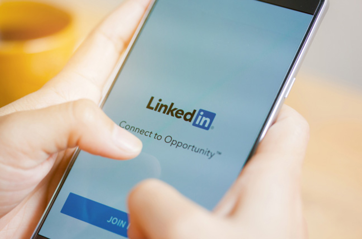 Tips for a Stand-Out LinkedIn Profile